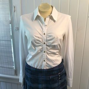 Beautiful white blouse with Gold buttons size 6